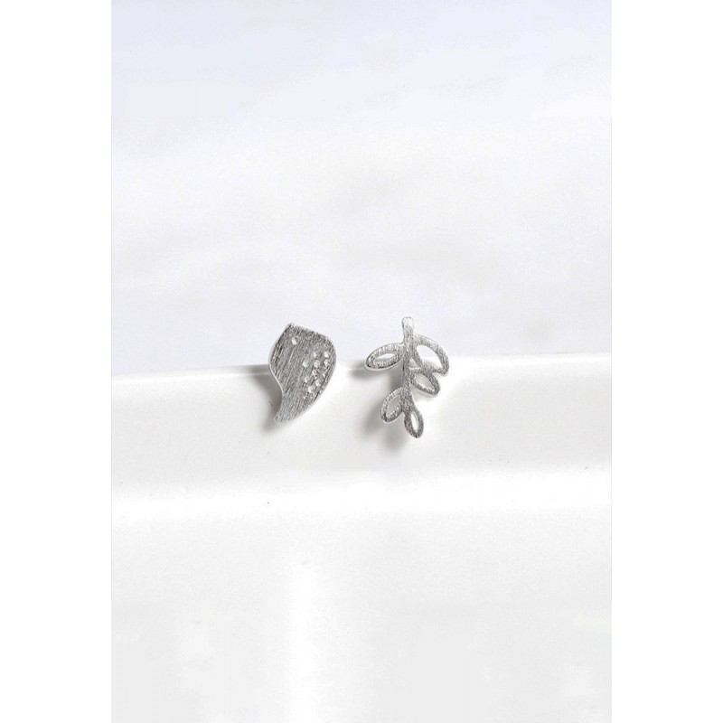 LDR9123 S925 Silver Tree and Bird Stud Earrings